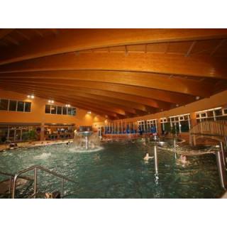 ea2ee2fb7bd Krytý bazén Valašské Meziříčí